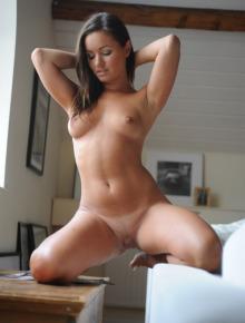 Amazing chick got sexy ass