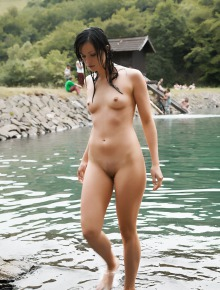 Amazing nude brunette
