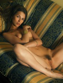 Excellent naked brunette