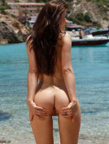 Nice babe on the beach