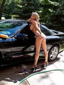 Nikki washing car