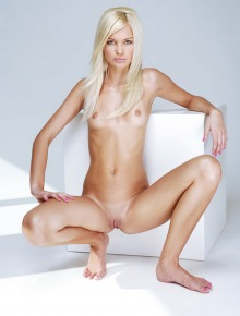 Virgin Blondy with shaved pussy