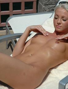 Wonderful naked Kelly