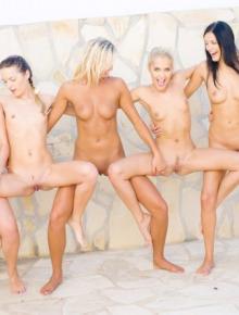 Young bikini babes